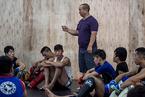 凉山州越西县17名格斗儿童已被遣返 未来怎么办?