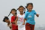 贫困儿童早期发展滞后中产儿童 国家干预是否可行?