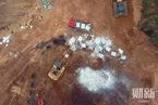 浙江湖州挖出大量死猪 政府回应称是2013年所埋