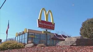 美国麦当劳限时开卖四川辣酱 有人开车4小时来排队