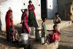 """全球每天逾2万人成为""""儿童新娘""""过早婚姻重创少女健康"""