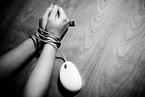 网络犯罪指导性案例公布 男子冒名改差评牟利获刑五年