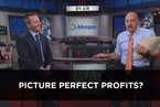 吉姆·克莱默:苹果市值逼近万亿美元 但iPhone更带动了其他企业发展