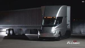 特斯拉首款电动卡车亮相 将于2019年投产