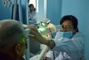 """白内障""""神药""""巨额销量背后:中国手术患者比率不及印度一半"""