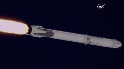 SpaceX首次使用可回收火箭执行NASA发射任务