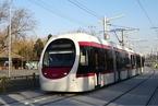 北京公交集团承认西郊线脱轨 各方质疑项目技术方案