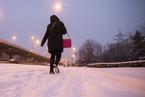 中东部将出现大风降温雨雪冰冻天气