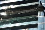 独家|杭州保姆纵火案后续:死者家属起诉九单位索赔1.3亿