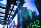 港股重挫近900点后反弹 内地资金大举入市