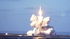 猎鹰重型火箭成功发射 可回收性大幅降低开支
