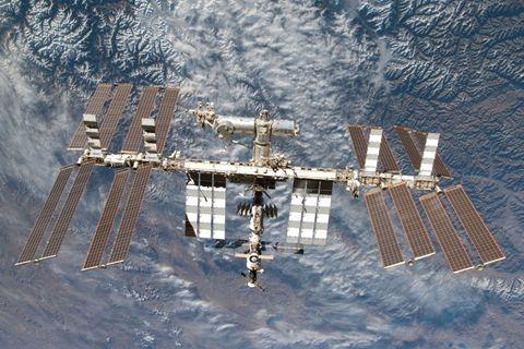 特朗普拟将国际空间站私营化 NASA重心转向重返月球探索深空