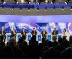 财新与世界经济论坛联合举办电视辩论会