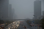 专家:京津冀本轮重污染源主要是工业和机动车排放