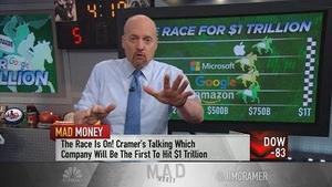 美国哪个科技巨头能率先冲到市值亿万美元?