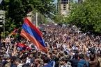 总统任满改当总理遭抗议 亚美尼亚士兵倒戈