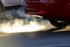 """18州起诉美国环保局 称其汽车排放政策""""武断而任性"""""""