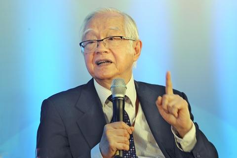吴敬琏:提高全要素生产率归根结底要靠改革
