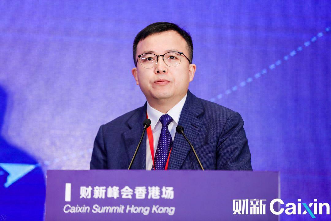 碧桂园集团副总裁朱剑敏做演讲