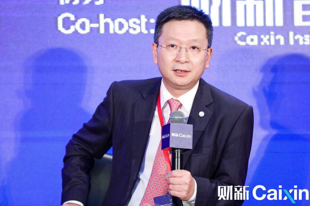 平安集团副总经理、平安银行董事长谢永林