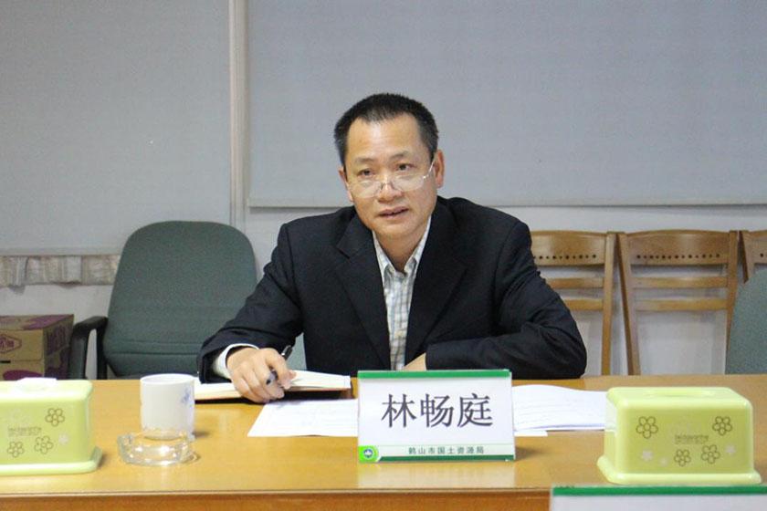 广东江门国土局局长假期看房意外身亡