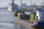 国际航运及船代放开外资限制 国内水运依旧管制
