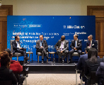 """财新国际圆桌 """"全球化逆流下的发展中国家应对""""于南非举办"""