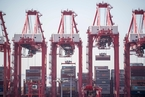 中国对美进口化工原料正式加税 原油暂被移除加税清单