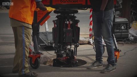 清理下水道的机器人