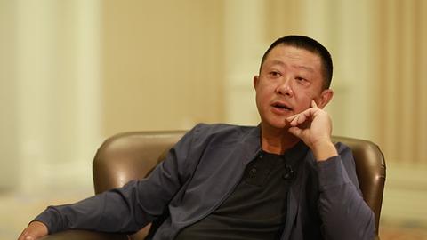 张勇:海底捞不会用机器人代替服务员