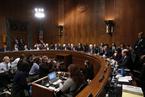 美参院推进大法官提名 总统要求FBI调查性侵指控