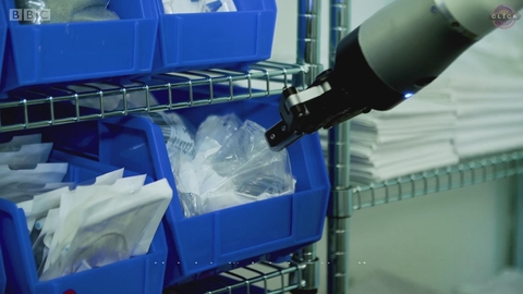 这名在医院工作的机器人都能做些什么?