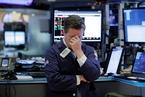 美股继续暴跌 道指两日跌逾1300点
