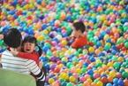 既不想生又不能生 研究称中国家庭生育意愿持续走低
