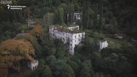 被森林吞没的前苏联鬼城