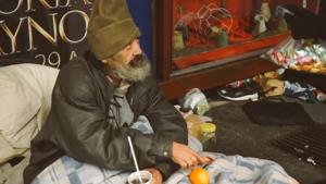 匈牙利新宪法:无家可归者露宿街头是违法行为