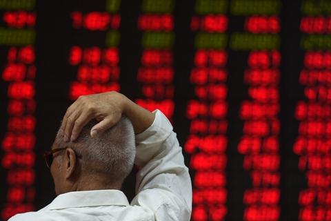 暖风频吹股市终强势回弹 200多只股票涨停