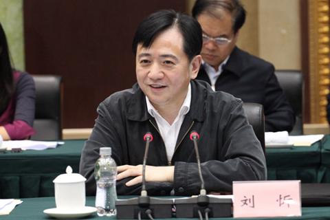 人事观察 前三任均曾被问责 53岁刘忻就位长春市长