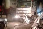 西安一水泥罐车与面包车相撞 已致10人逝世亡