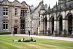 英国鼓励大学设两年制本科学位 灵活学制能否效仿?