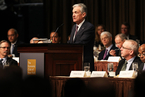 鲍威尔演讲:美联储监测金融稳定的框架