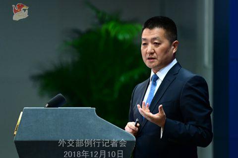 """外交部:中国法律未授权任何机构强迫企业安装""""强制后门"""""""