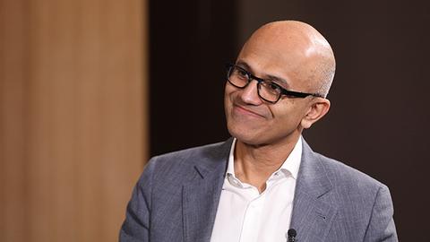 微软CEO萨提亚:要应对创新可能带来的意外后果