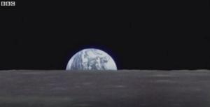 """照片背后的故事:从月球看到""""地球升起"""""""