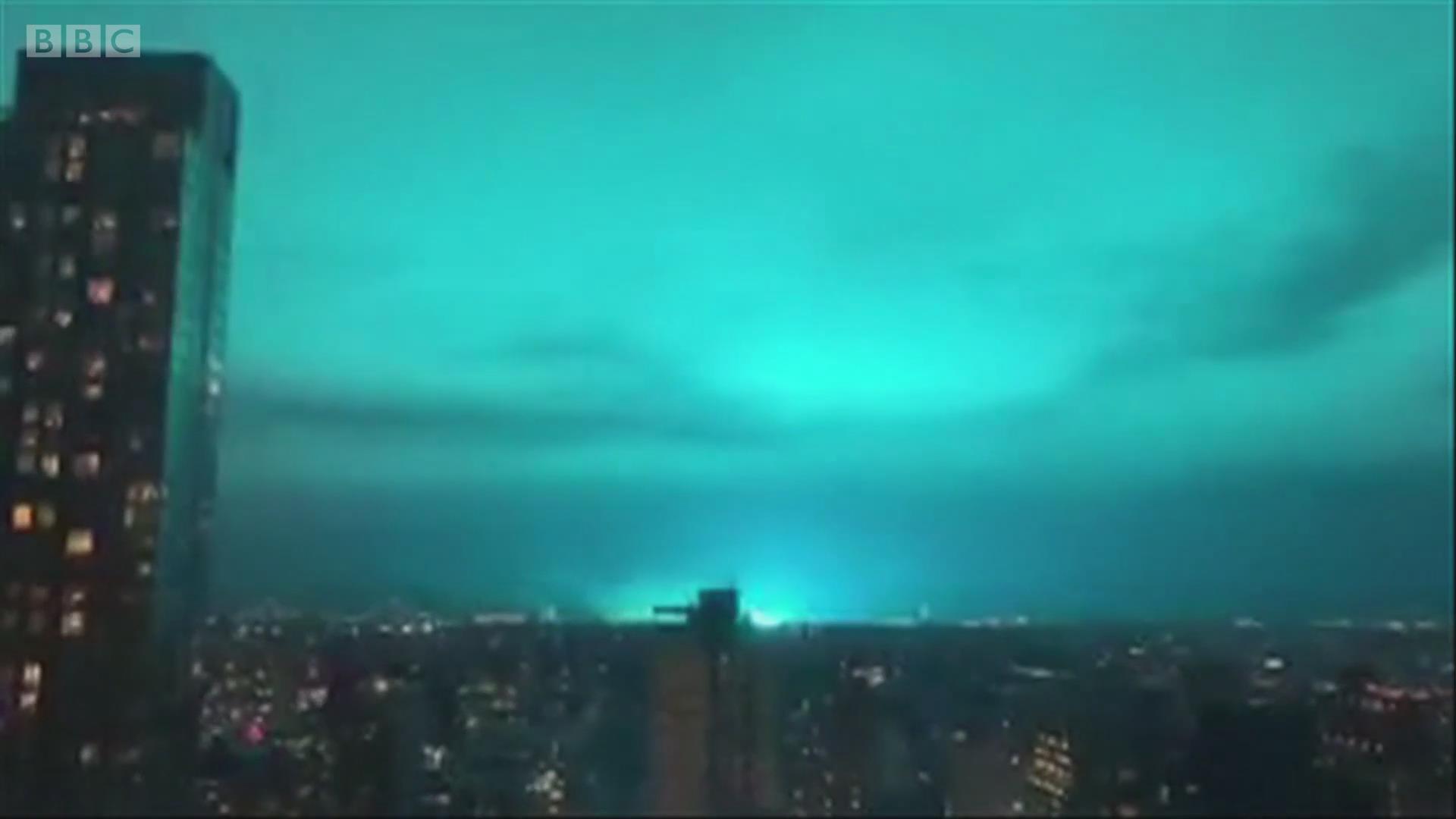 纽约的夜晚为何会出现蓝天?