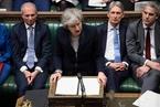 英国议会否决脱欧协议 首相面临不信任投票