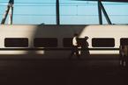 高铁会是灰犀牛吗?