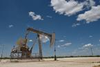 沙特開啟全球價格戰 國際原油期貨重挫超25%
