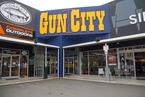 枪击惨案后新西兰拟大幅收紧控枪 律师称嫌犯无精神问题
