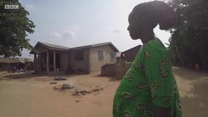 为何这个村的村民都不在本村出生?